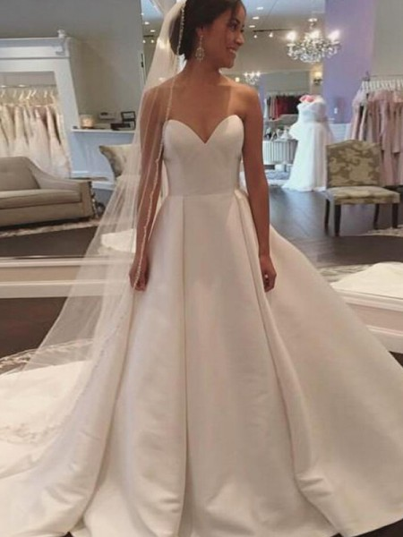 Ball Gown Sweetheart Court Train Sleeveless Satin Wedding Dresses