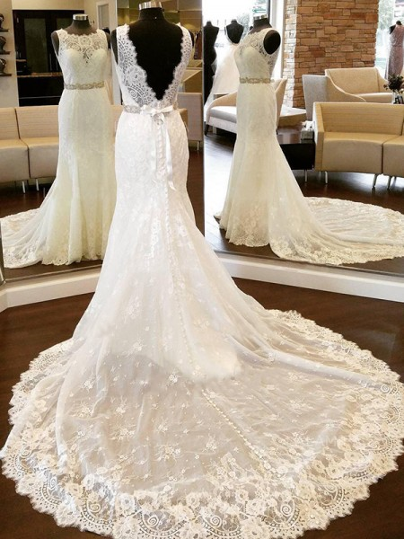 Sheath/Column Scoop Chapel Train Sleeveless Bowknot Lace Wedding Dresses