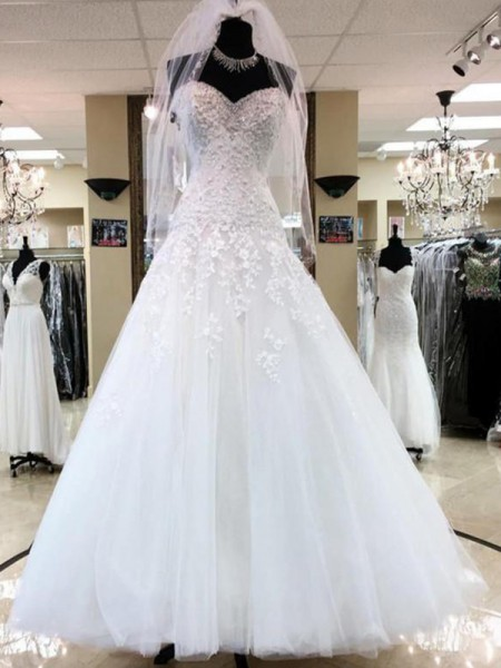 Ball Gown Sweetheart Floor-Length Sleeveless Applique Tulle Wedding Dresses