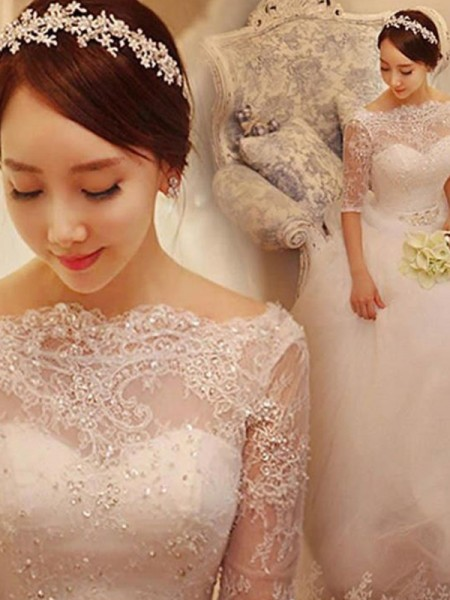 Trumpet/Mermaid V-neck Court Train 3/4 Sleeves Tulle Wedding Dresses