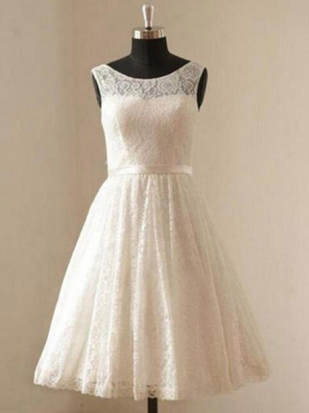 A-Line/Princess Scoop Knee-Length Sleeveless Sash/Ribbon/Belt Lace Wedding Dresses