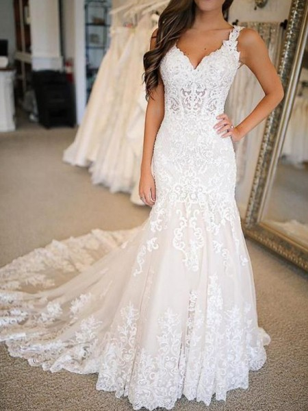 Trumpet/Mermaid V-neck Sleeveless Applique Sweep/Brush Train Tulle Wedding Dresses
