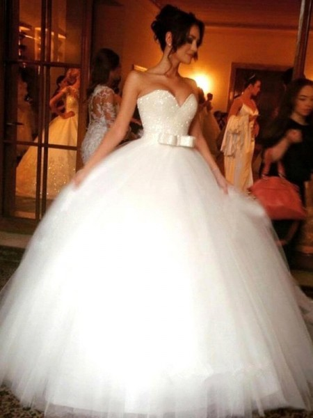 Ball Gown Sweetheart Tulle Bowknot Floor-Length Sleeveless Wedding Dresses