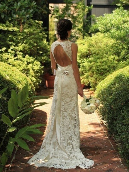 Sheath/Column V-neck Lace Sweep/Brush Train Sleeveless Wedding Dresses