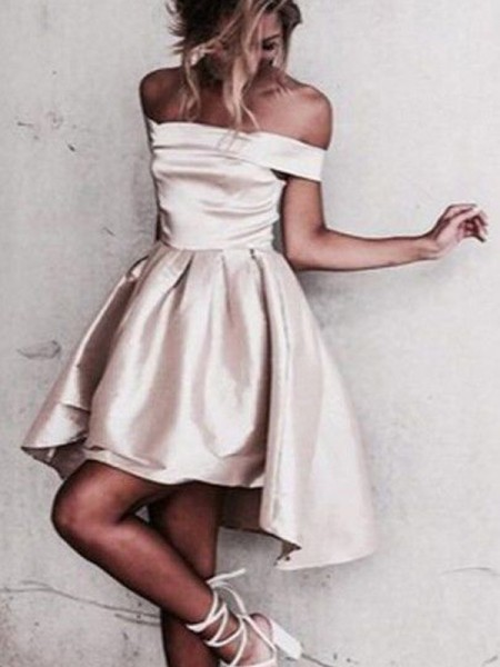 A-line/Princess Off-the-Shoulder Satin Short/Mini Sleeveless Dresses