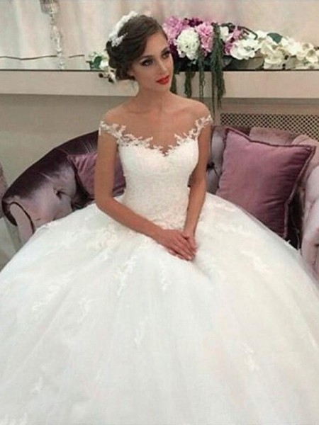 Ball Gown Off-the-Shoulder Sleeveless Court Train Tulle Wedding Dresses