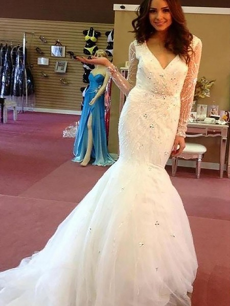 Trumpet/Mermaid V-neck Long Sleeves Court Train Beading Tulle Wedding Dresses
