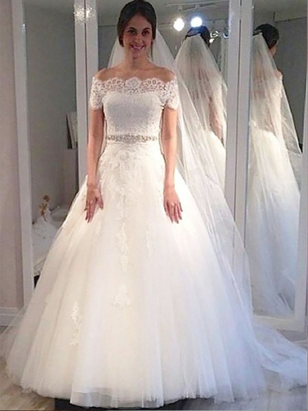 Ball Gown Off-the-Shoulder Short Sleeves Sweep/Brush Train Tulle Wedding Dresses