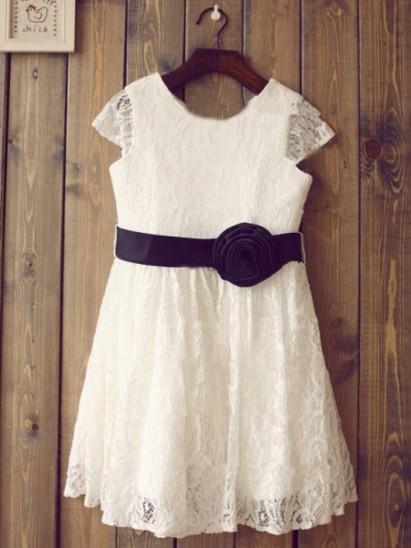 A-Line/Princess Short Sleeves Scoop Lace Hand-Made Flower Tea-Length Flower Girl Dresses